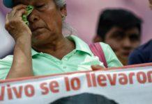 Padres de los 43 de Ayotzinapa