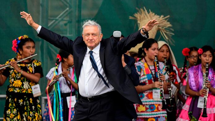 López gastó en festejos más de 35 mdp