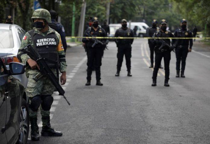 Ingresan a penal detenidos por atentado contra Harfuch