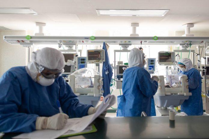 México se acerca a los 400 mil casos de COVID