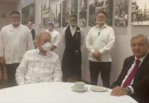AMLO cena con Müller en El Cardenal