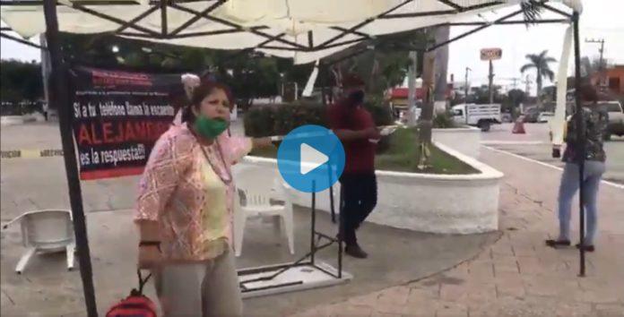 Mujer destruye módulo en Tamaulipas