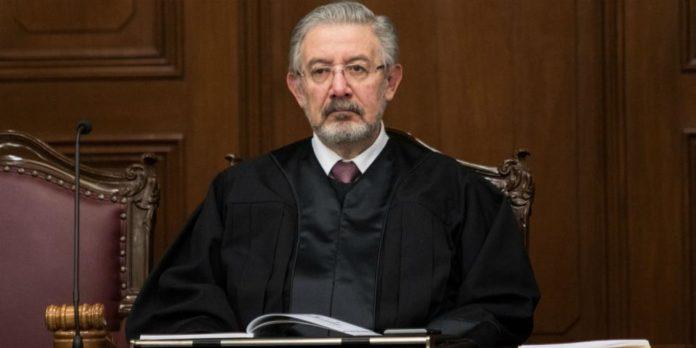 Corte recibe petición de consulta de AMLO
