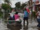 Denuncian a AMLO por inundaciones