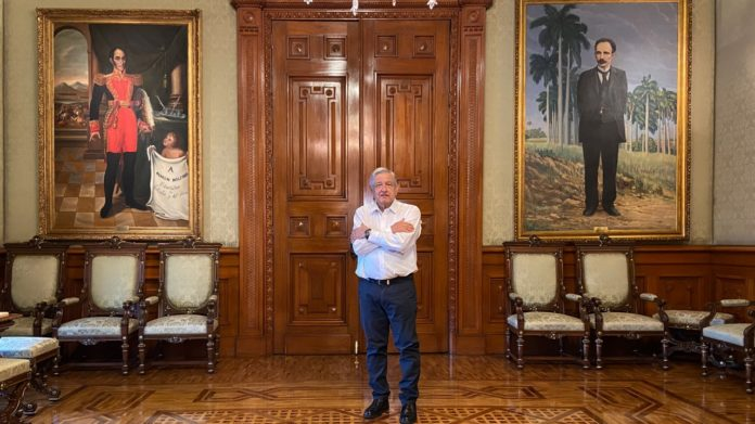 AMLO felicita al nuevo presidente boliviano