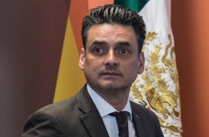 SFP inhabilita a Guillermo Alcocer