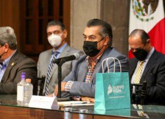 Nuevo León busca comprar vacunas