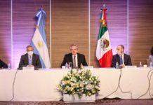 Fernández se reúne con empresarios mexicanos